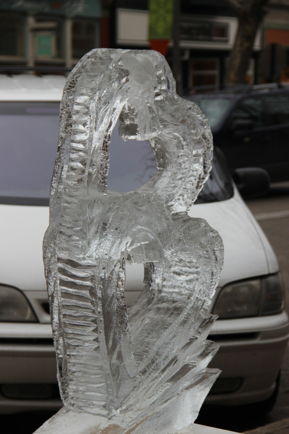 Ice hearts, https://huffygirl.wordpress.com, © Huffygirl 2013